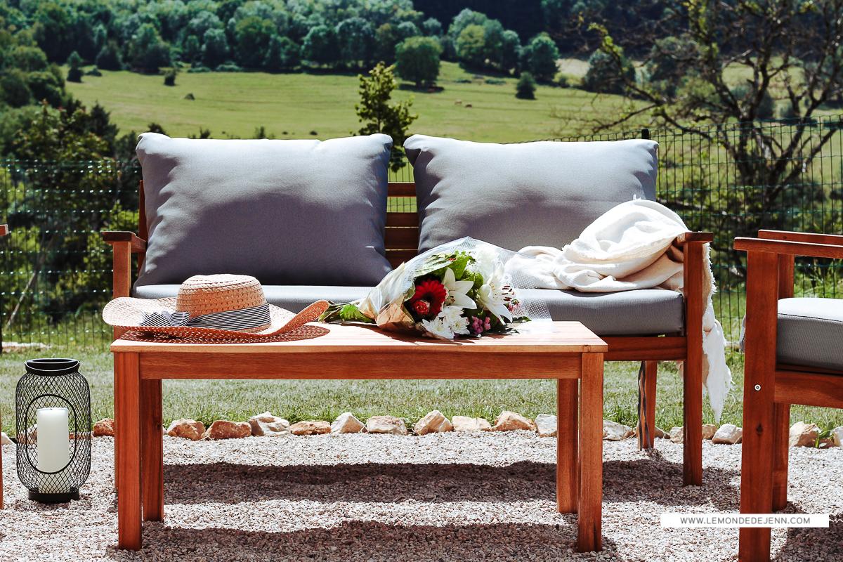 notre salon de jardin en bois